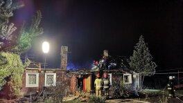 Uratowali mężczyznę z pożaru