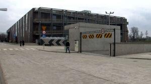Goście Kopernika zastawiają chodniki, a parkingi zamknięte