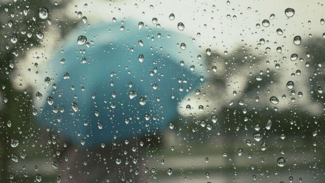 Prognoza pogody na dziś: popada m.in. na Podlasiu. Jednak będzie ciepło