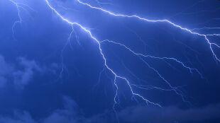 Pogoda na jutro: przelotny deszcz i lokalne burze, do 16 stopni