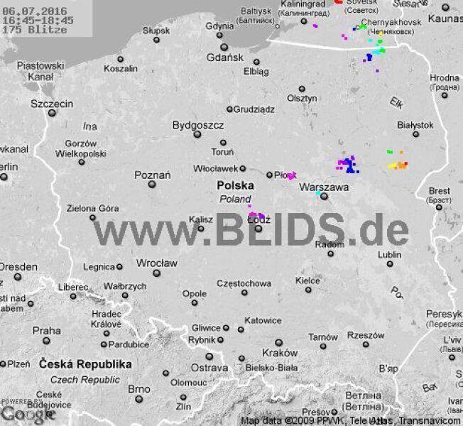 Burze w Polsce w godz. 16.45-18.45 (blids.de)